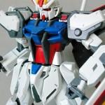 GAT-X105 エールストライクガンダム (1/100)